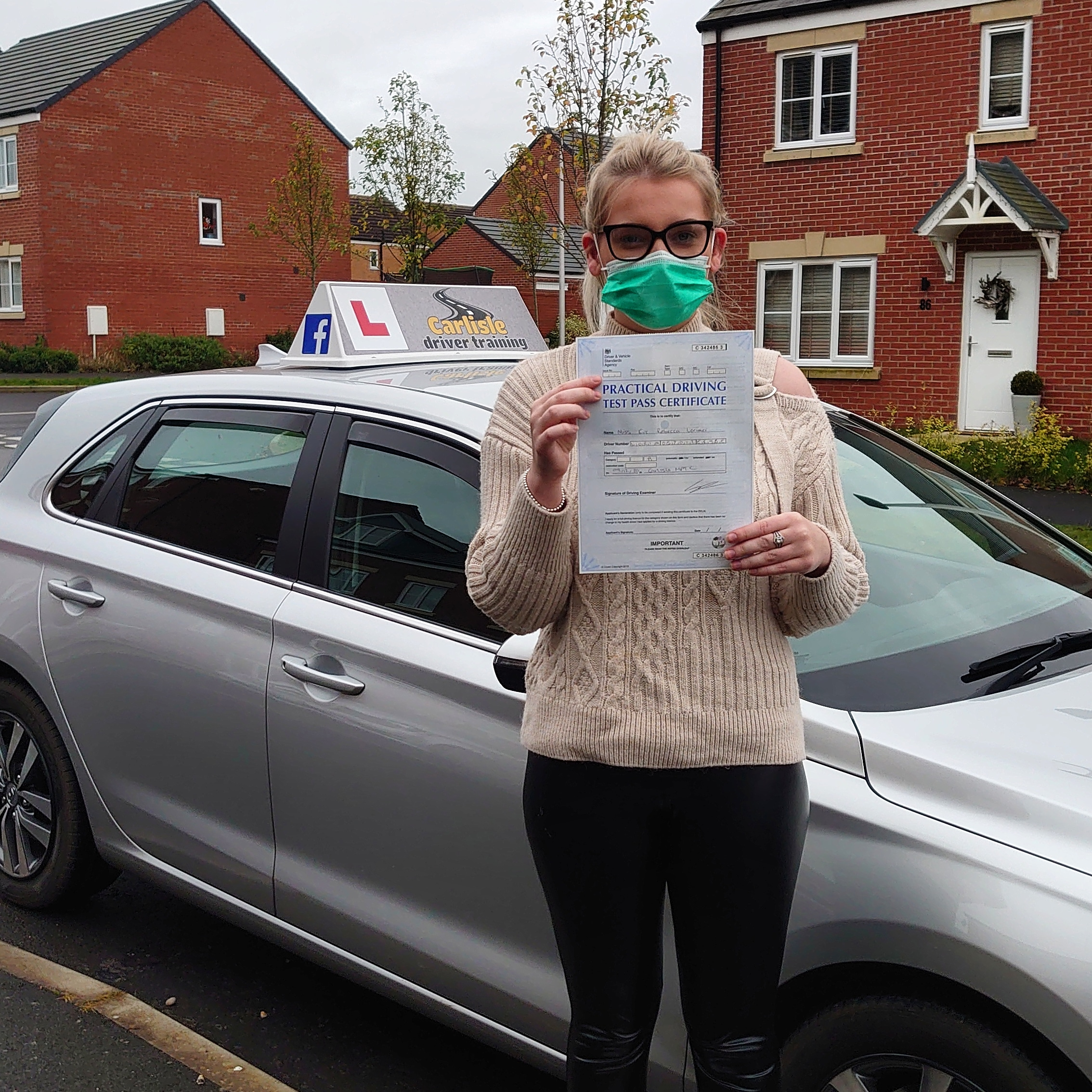 eve-lorimer passed her driving test